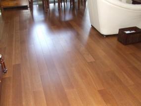 Podłoga z egzotycznego drewna MERBAU