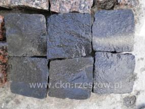 Kostka bazaltowa czarna