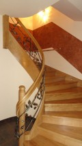 Schody drewniane spiralne