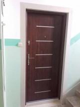 Drzwi do mieszkań