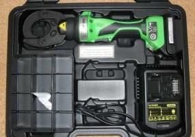 Praska akumulatorowa z obrotowa głowicą 180° AP-60/4