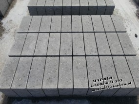 Bloczek fundamentowy Betonowy B20