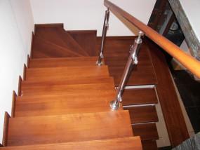 Drewniane schody na zamówienie
